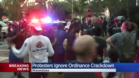 Confrontation arises between protesters, Wauwatosa police during...