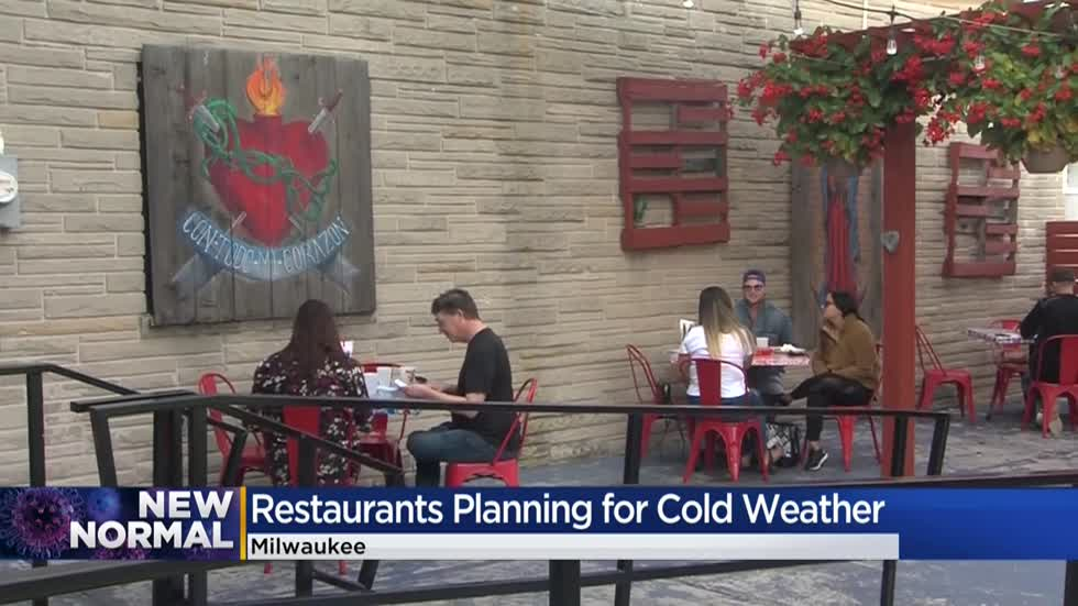 Bars and restaurants preparing for colder weather to end outdoor seating