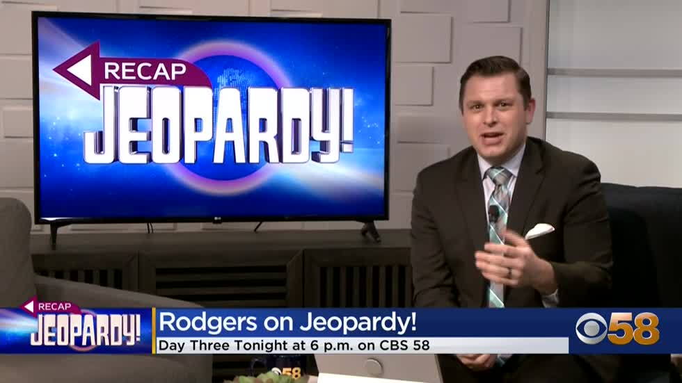 Rodgers' 'Jeopardy!' playbook closely matches Trebek's