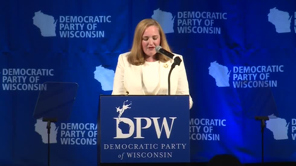 Kelda Roys wins Democratic straw poll for governor