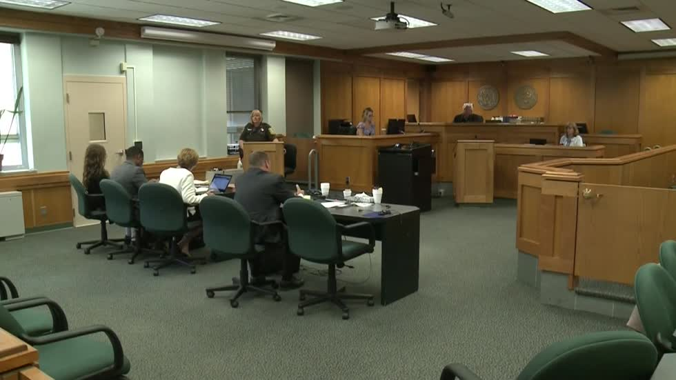 Lawyer argues for jury sequestration in Slenderman stabbing case