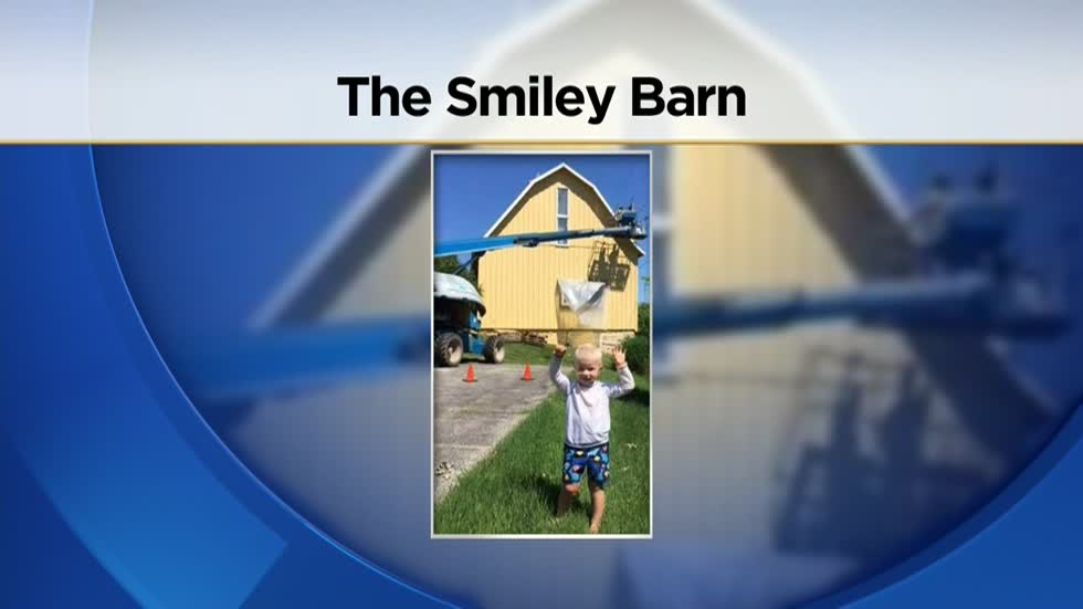 Delafield's Smiley Barn returning to yellow