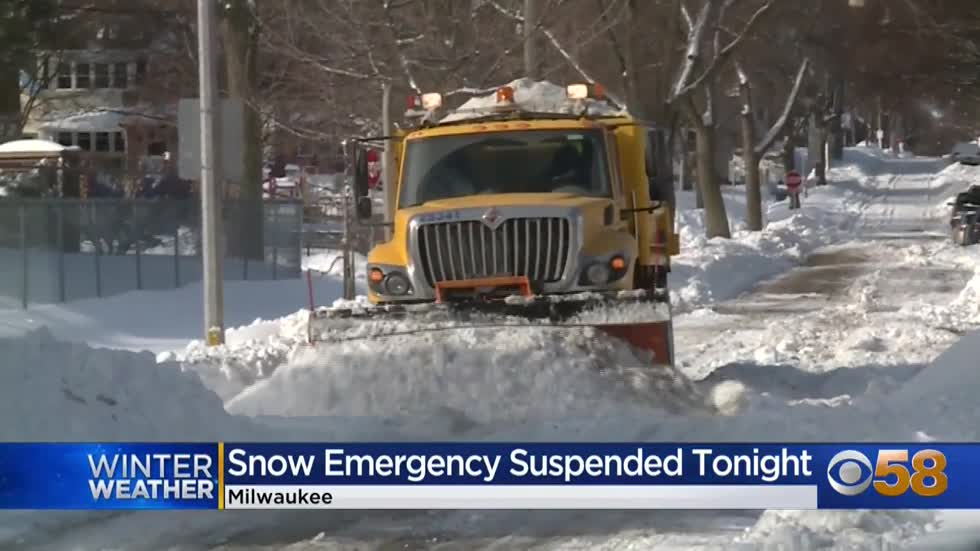 Milwaukee digs out of biggest storm of season, snow emergency suspended Monday, resumes Tuesday night