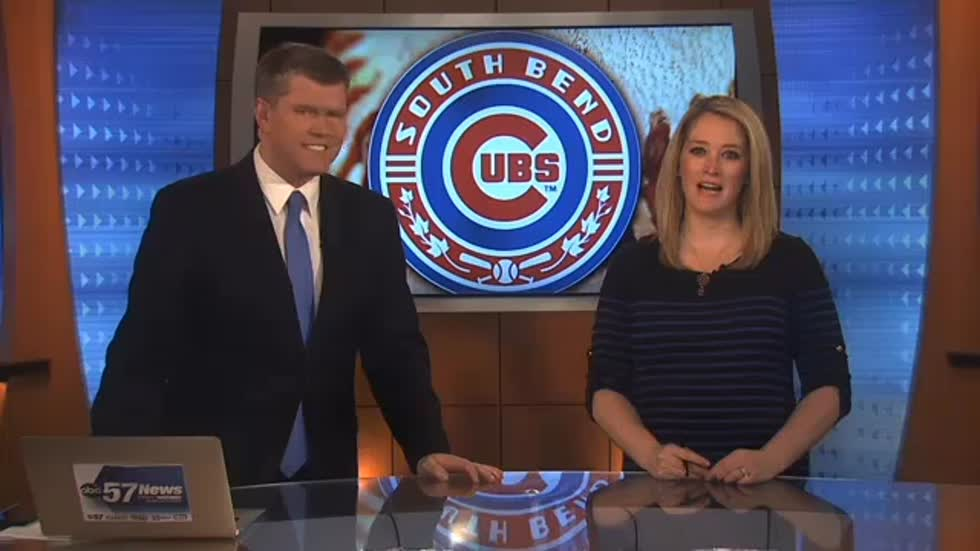 South Bend Cubs staff get World Series rings; Cubs rally to walk off 7-6