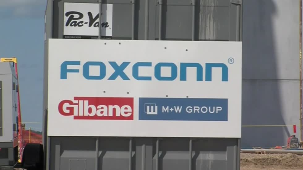State leaders react to Foxconn's uncertain future