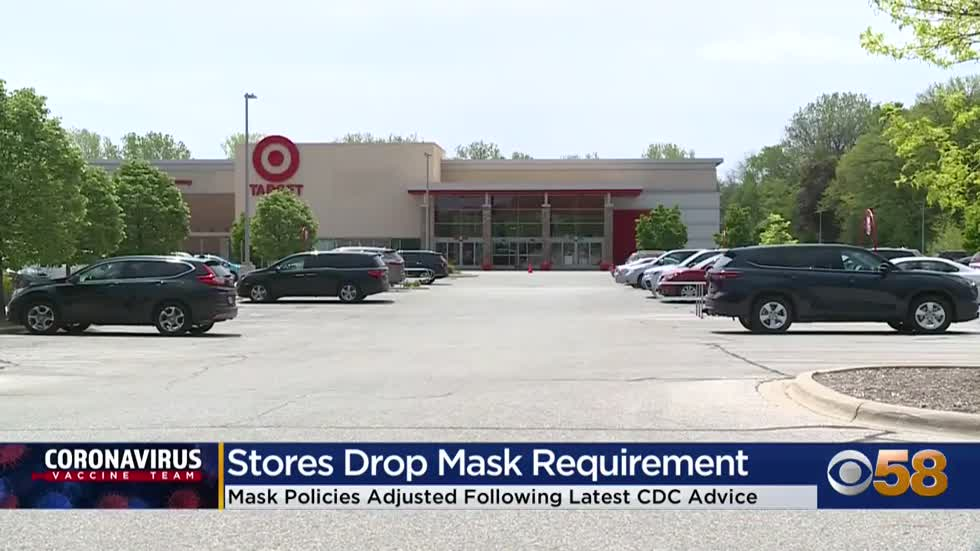 Many shoppers still wearing masks even if it's not required
