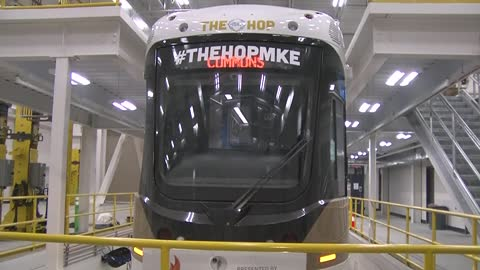 Crews testing Milwaukee's streetcar on Monday