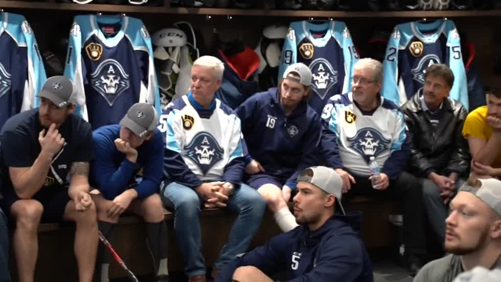 Visit from players' fathers sparks Milwaukee Admirals hot streak