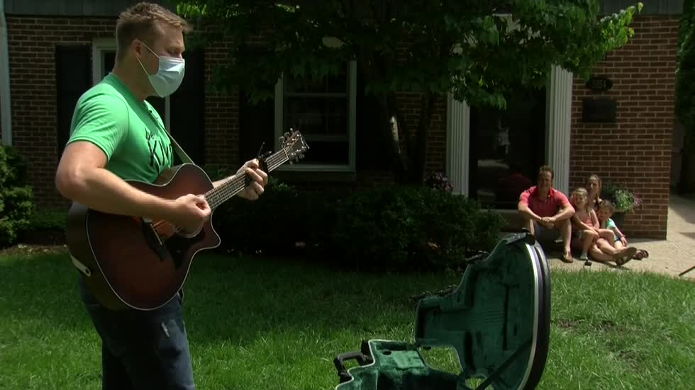 Whitefish Bay musician uses talents to spread kindness during times of uncertainty