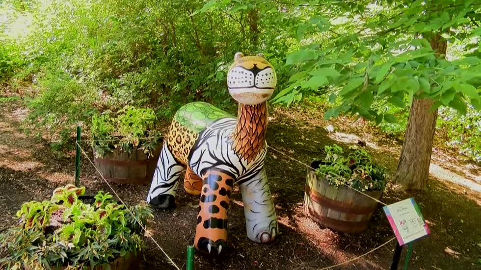 "Popular ""Beastie"" statues return in support of the Milwaukee County Zoo"