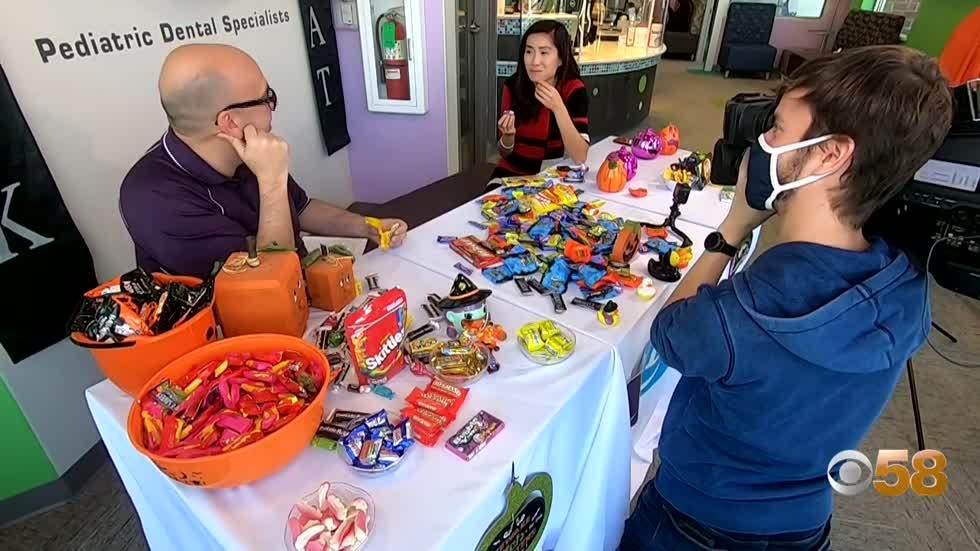 The holiday dentists dread: The best and worst Halloween candy for your teeth