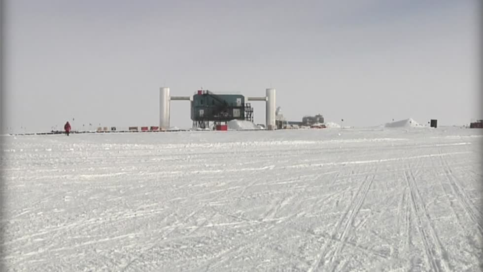 Group of UW researchers spend all year in Antarctica