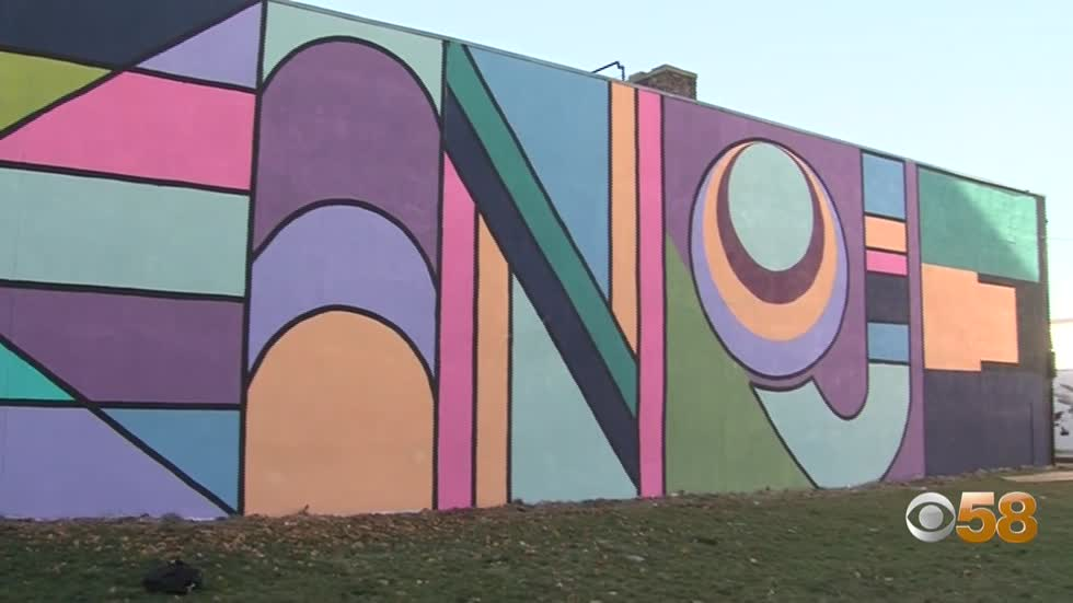 'Kinoje' mural brightens downtown Kenosha with message relating to city's past