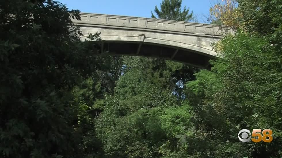 Picturesque History: Lake Park footbridge in Milwaukee to be restored