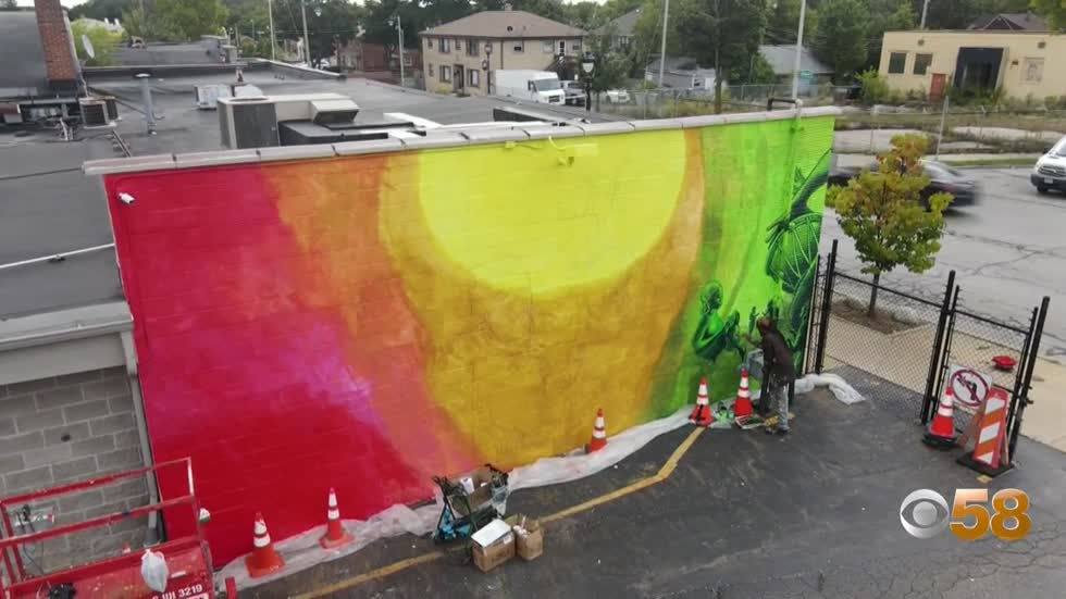 Father-daughter muralists adding color to Milwaukee's east...