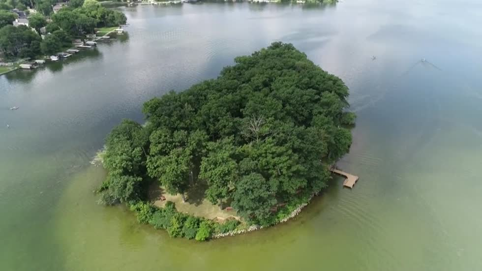 Own a piece of paradise: Entire island for sale on Pewaukee Lake