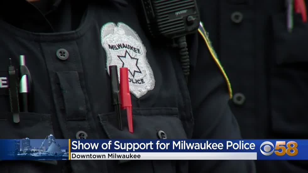 Law enforcement recognized at First Annual Milwaukee Police Appreciation Day