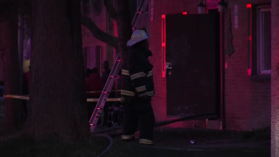 UPDATE: 3 hurt in suspicious apartment fire on Milwaukee's north side