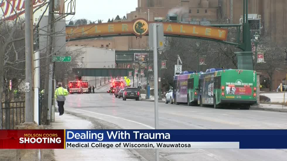 'There's not one way of coping:' Experts offer advice for dealing with trauma following shooting