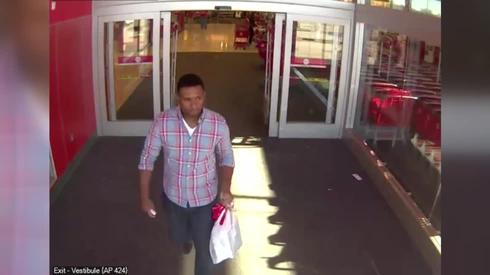 Police looking for man who stole two iPads from Brookfield Target