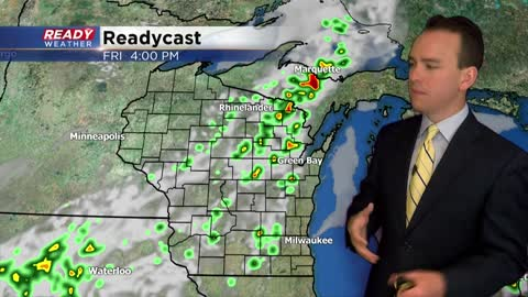 Timing out rain chances for Father's Day Weekend