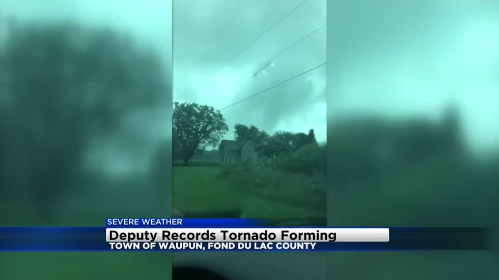 Fond du Lac County Sheriff's Deputy records tornado forming on Town of Waupun