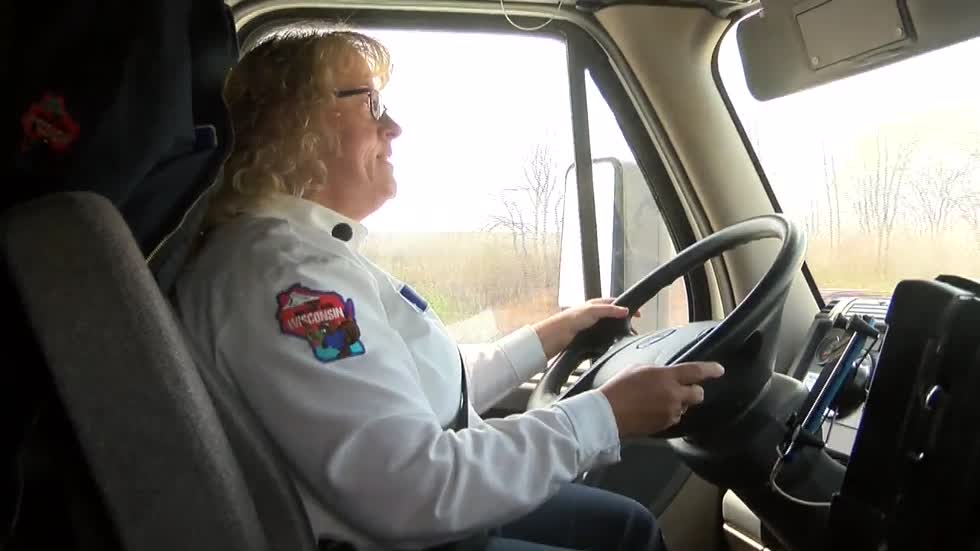Trucking companies getting creative to attract drivers to prepare for driver shortage