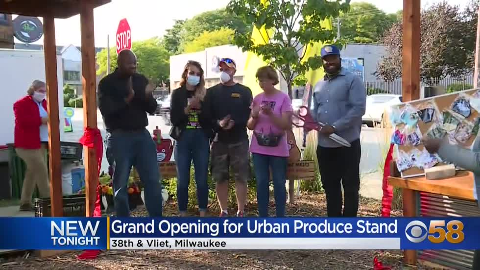 Vliet Street Oasis offers fresh produce on Milwaukee's near...