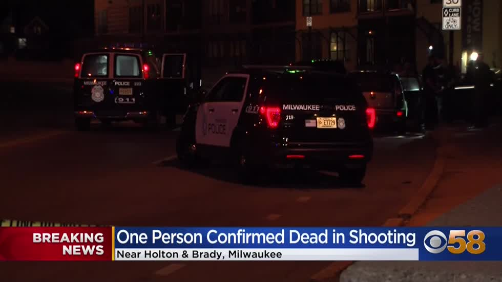 54-year-old man fatally shot near Van Buren and Brady