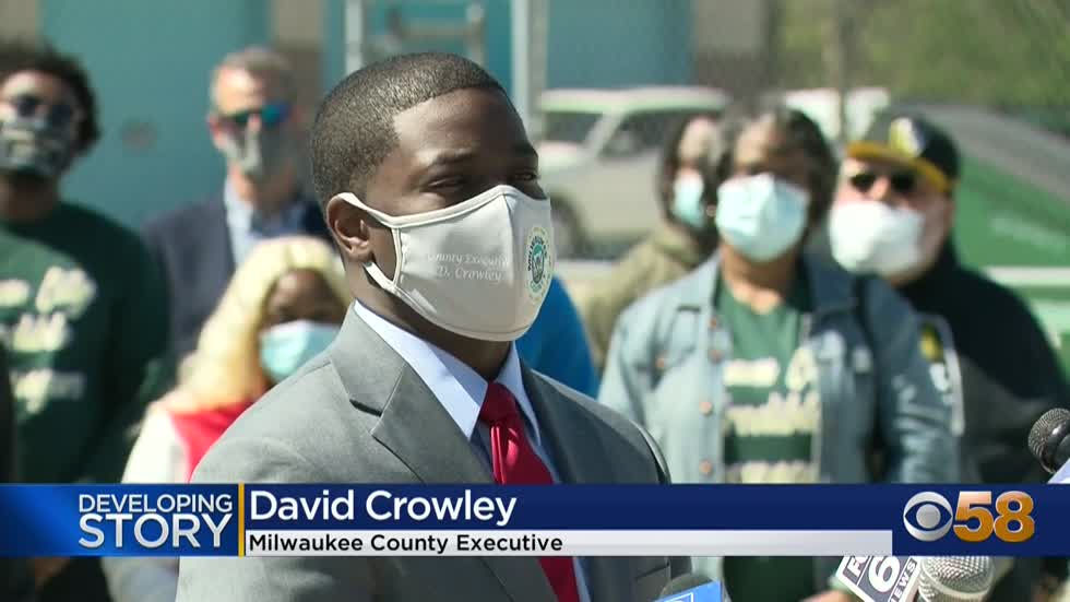 Milwaukee County launches 'credible messenger' pilot program...