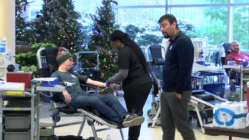 Season of Giving Blood Drive held at Milwaukee County Zoo