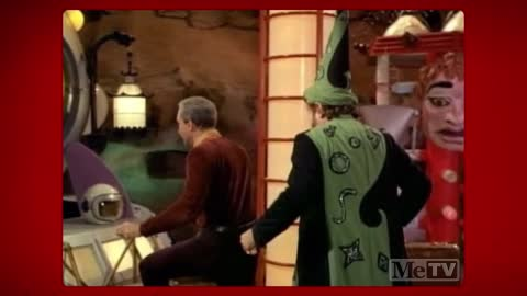 Al Lewis and Jonathan Harris improvised this Lost in Space scene