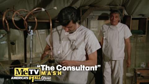 Alan Alda shares a scene with dad Robert Alda on MASH